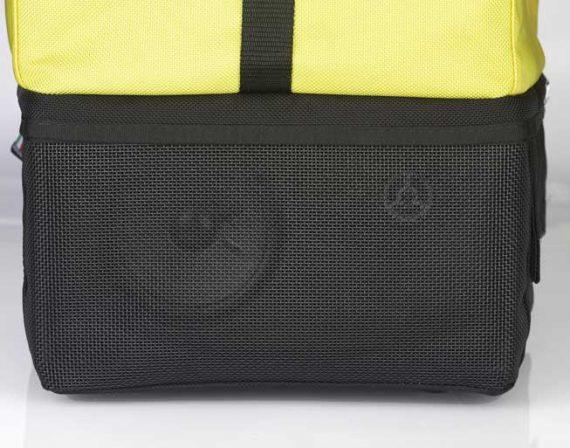 Système audio cache dans un sac à dos
